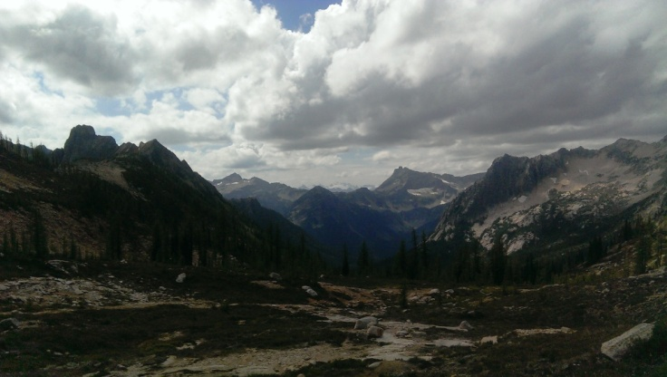Looking south from Cutthroat Pass on the PCT